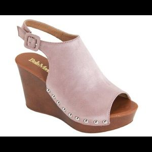 Shoes - NWT Mauve Platform Shoes